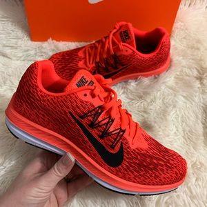 Nike Zoom Winflo Sneakers